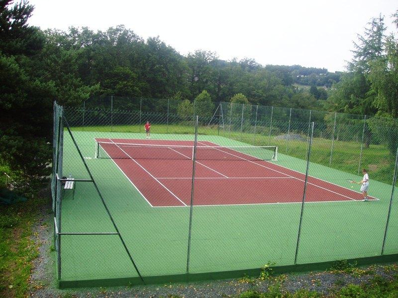 court de tennis revetement beton poreux monocouche top ten. Black Bedroom Furniture Sets. Home Design Ideas