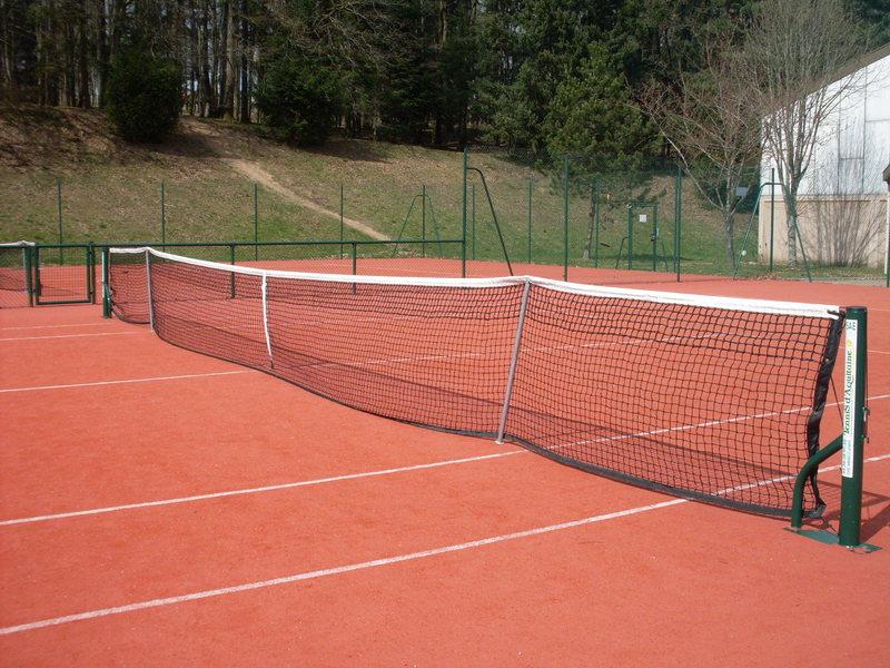 court de tennis rev tement gazon synthetique slide court. Black Bedroom Furniture Sets. Home Design Ideas